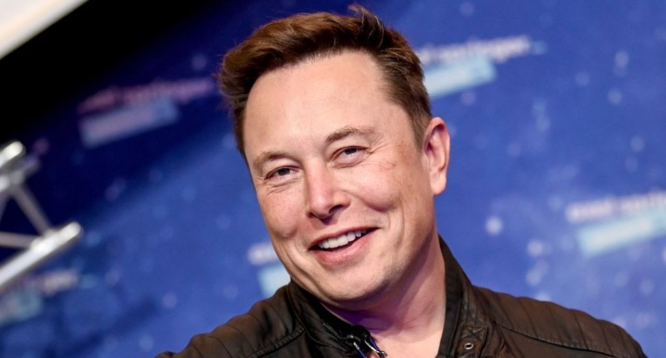 Elon Musk throws 9000-person rave at Berlin Tesla Factory