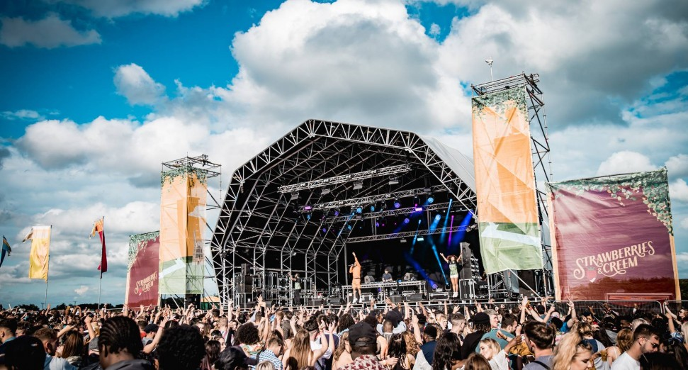 Win a set at Strawberries & Creem festival and DJ equipment selection with Pioneer DJ